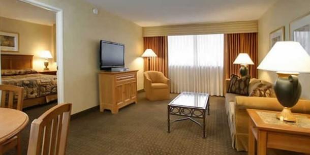 the carriage house las vegas all suite hotel
